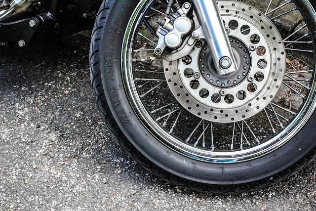 Ban Motor Sering Bocor Halus, Mungkin Ini Salah Satu Penyebabnya
