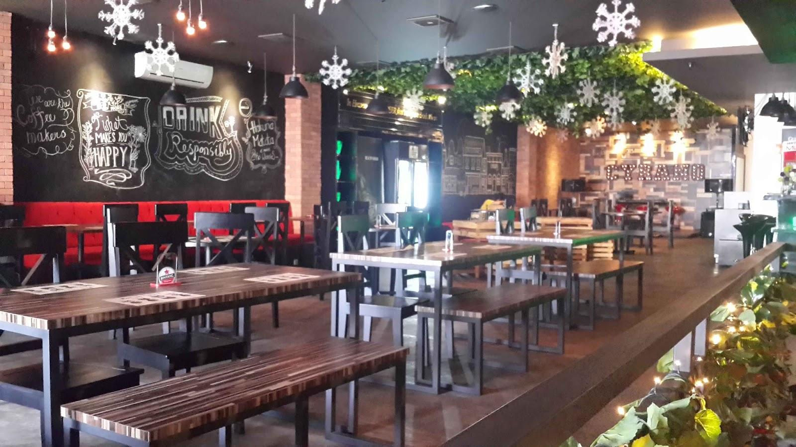Cyrano Cafe Tempat Ngopi Asyik di Bogor