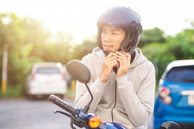 Jangan Malas Pakai helm,  Ini Bahayanya
