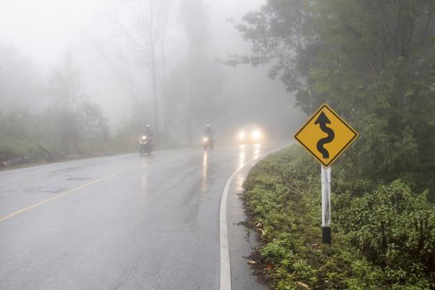 Benarkah Tekanan Angin Ban Harus Dikurangi Saat Musim Hujan