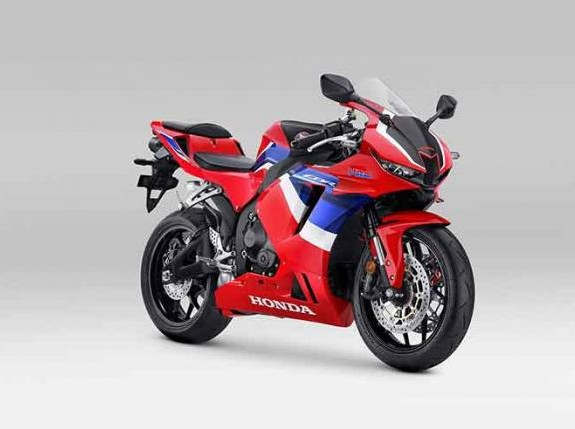 Motor Sport 600cc Baru Ini Cocoknya Pakai Oli Federal Super Racing