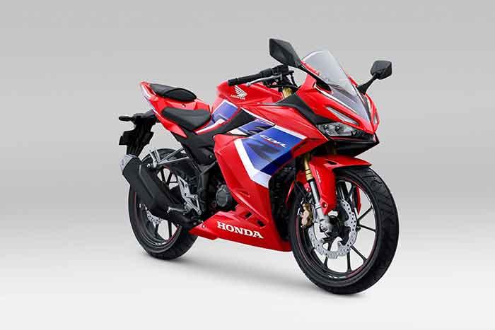 Tampilan Motor Sport 150cc Ini Makin Gagah Dengan Warna Tricolor