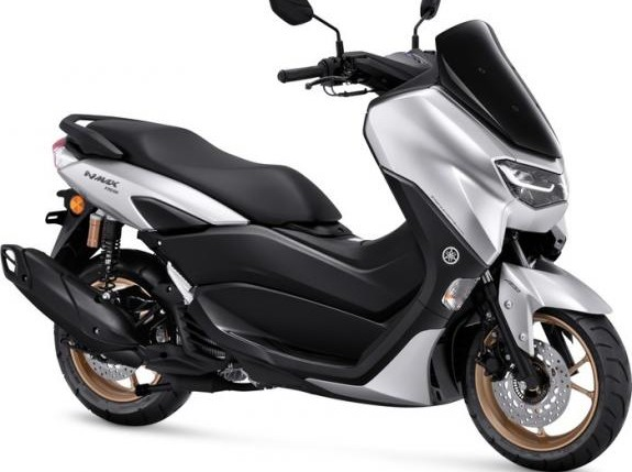 Motor Matic 155 cc Ini Punya Pilihan Warna Baru Untuk Model 2021