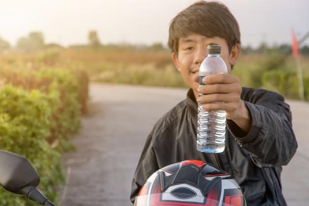 Cara Supaya Tidak Cepat Dehidrasi Saat Puasa