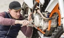 Cara Mengatasi Jika Mesin Motor Panas Berlebihan