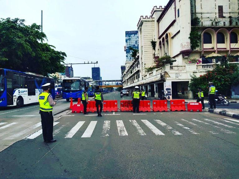 Update Lokasi Titik Penyekatan yang Ada di Depok Selama Masa PPKM Darurat 2021