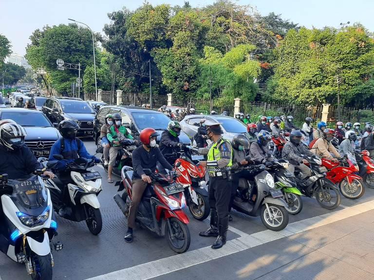 Perhatian Polisi Gelar Operasi Patuh Jaya 2021 Sampai 3 Oktober